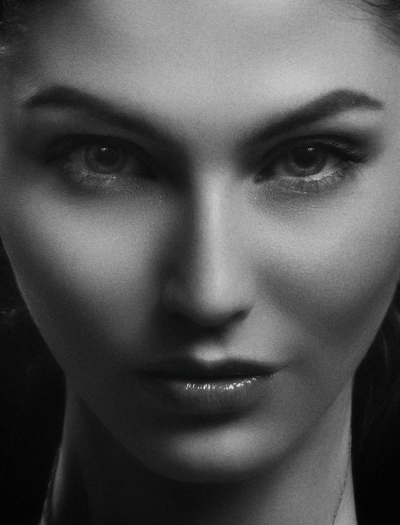Commercial Photography - Female Headshot 1